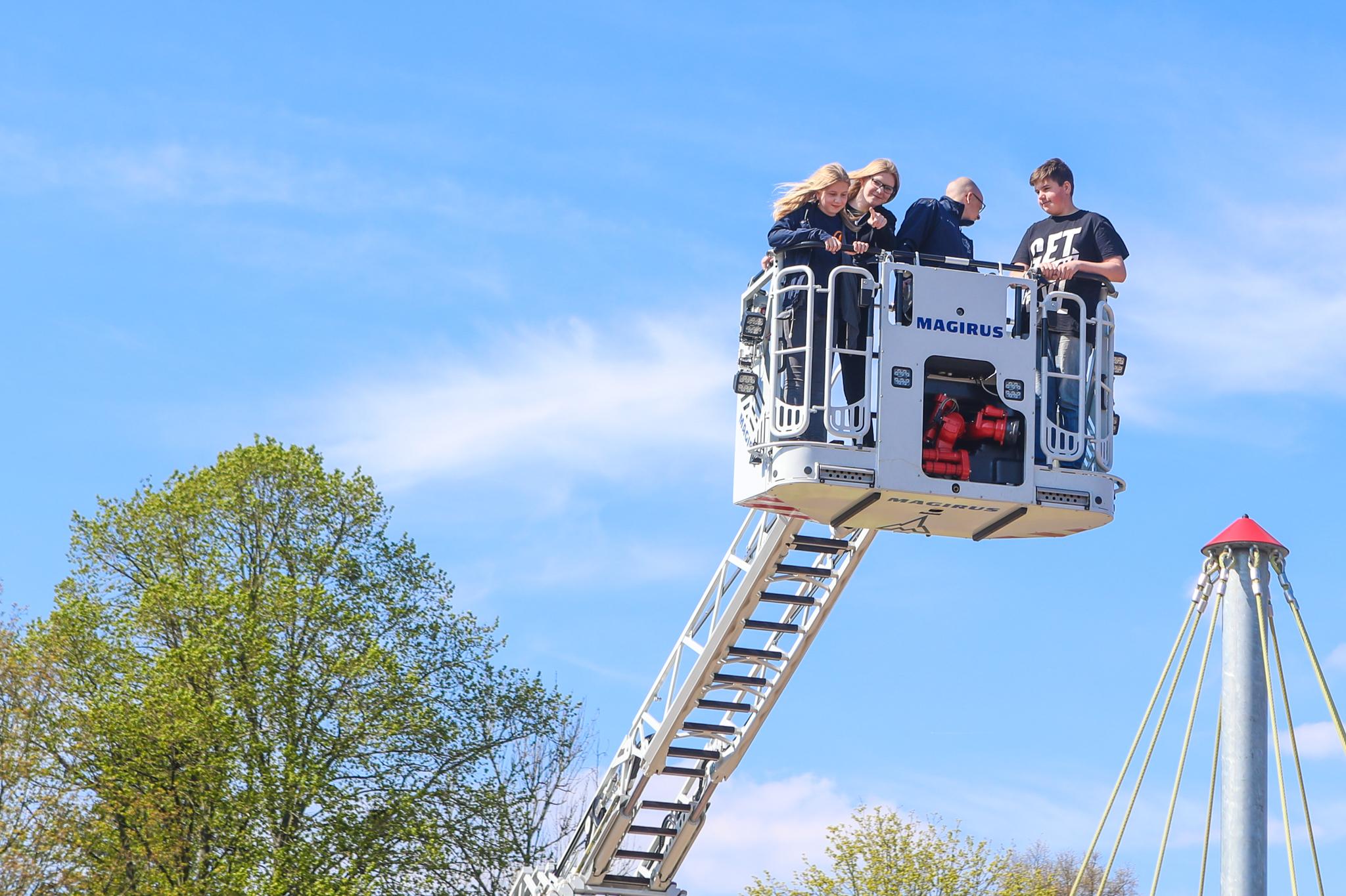 Feuerwehrnachwuchs gestaltet Zukunft in Jugendforum
