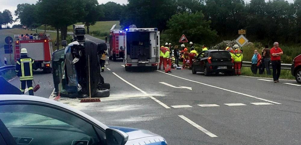 Schwerer Unfall auf der Lindenbergkreuzung