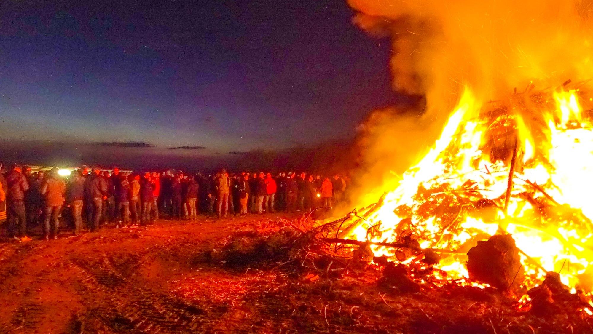 Osterfeuer: So geht es sicher durch die Feiertage
